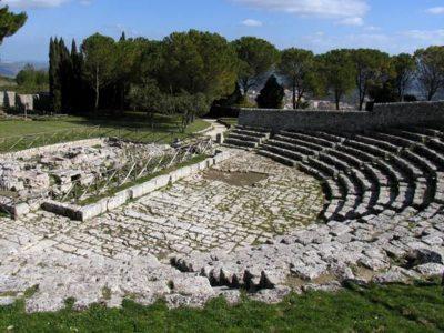 Territorio - teatro greco